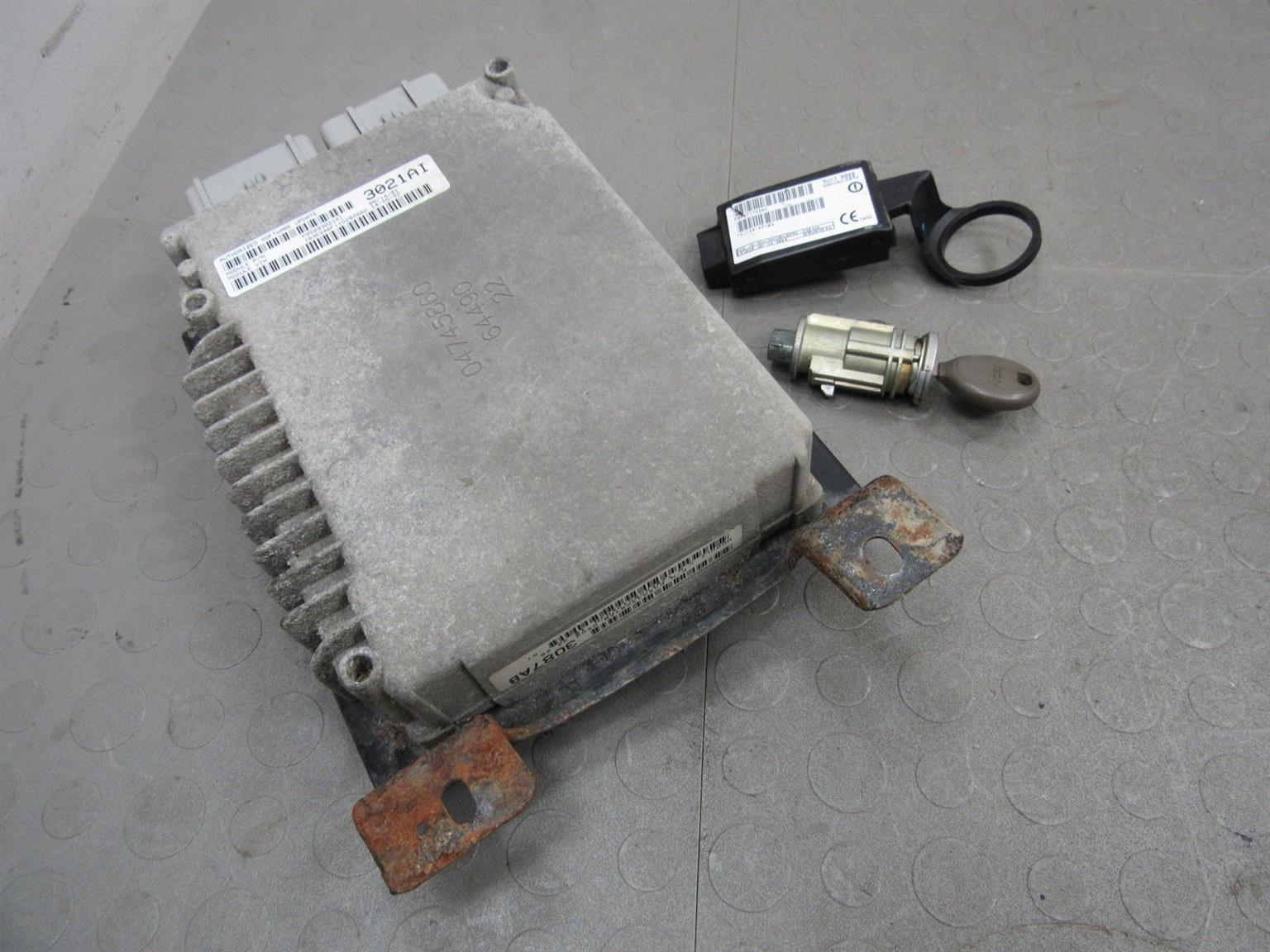 Chrysler neon 2.0 Computer box/ lockset for sale