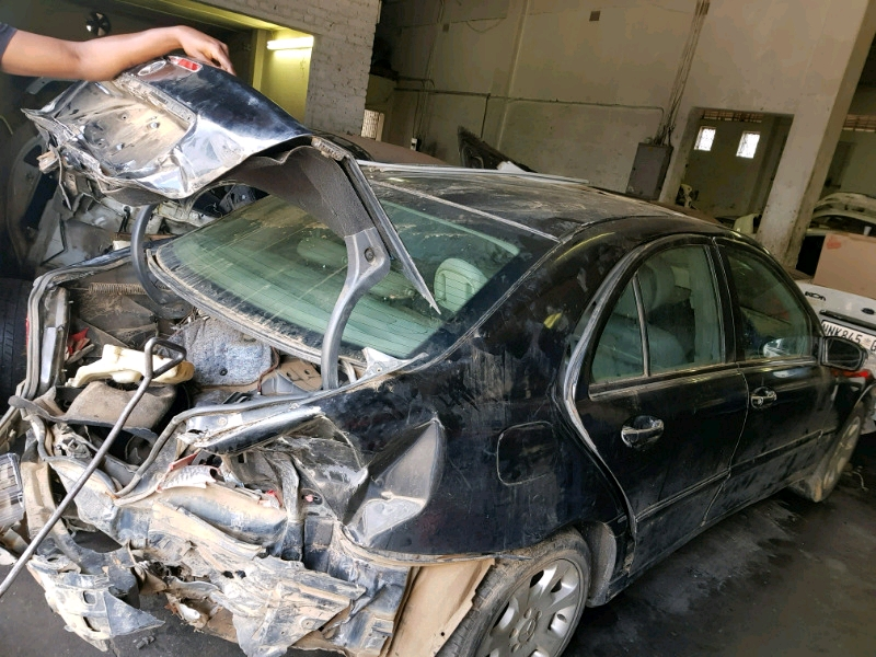Mercedes W203 271 Manual Stripping for spares