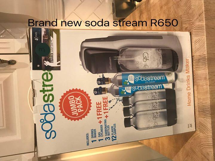 Brand newc soda stream
