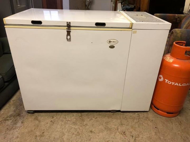 Gas Electric Chest Freezer - Zero 230 litre | Junk Mail