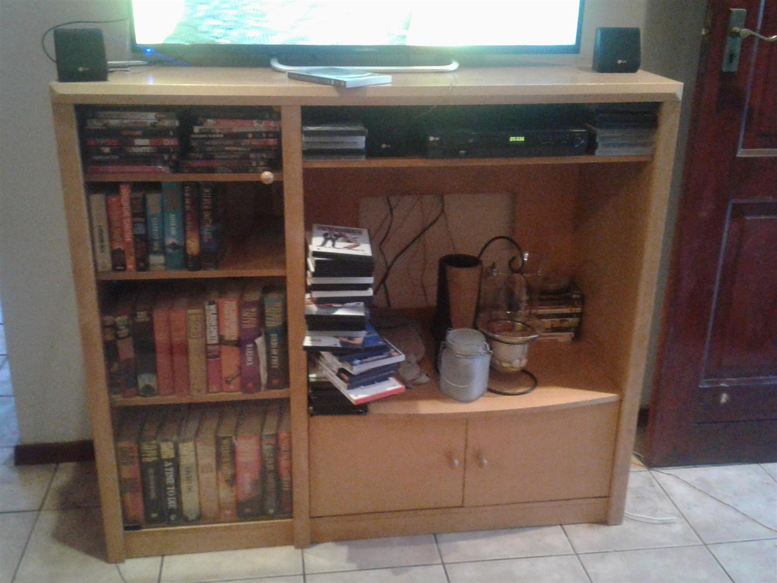 wall unit in Household in Tableview | Junk Mail