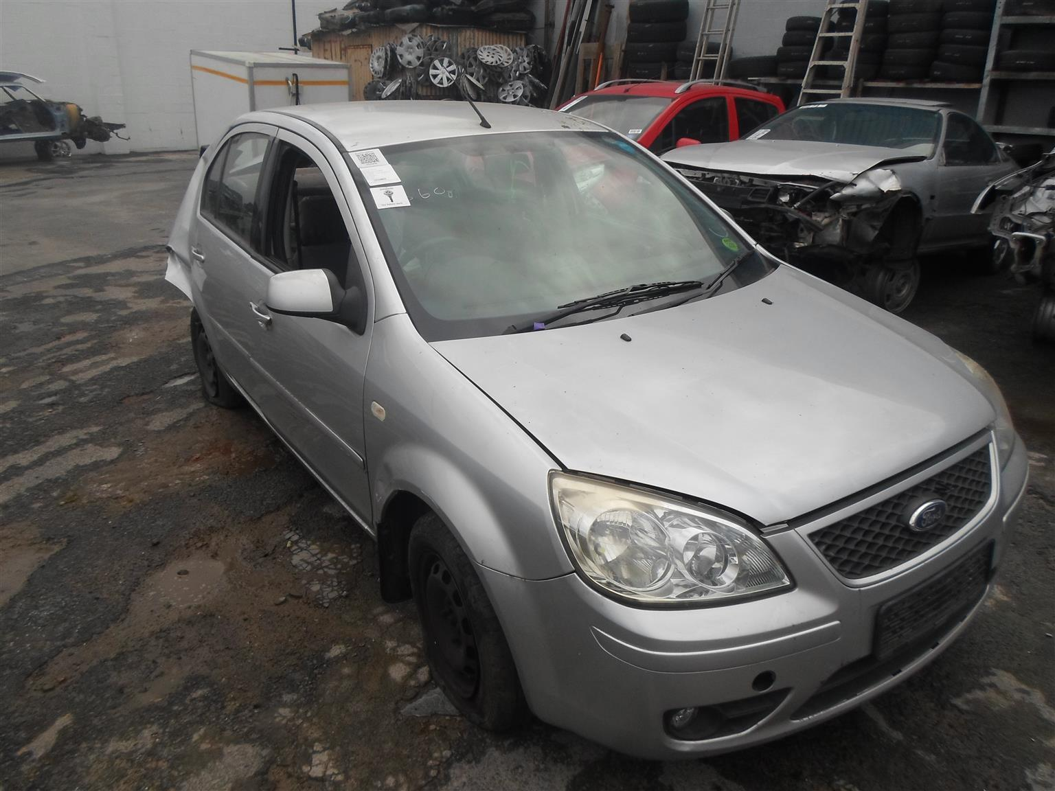 2008 Ford Ikon 1.4TDCi breaking up for spares