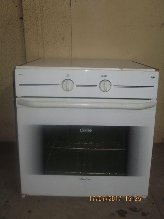 Defy Eye Level Oven plus Hob