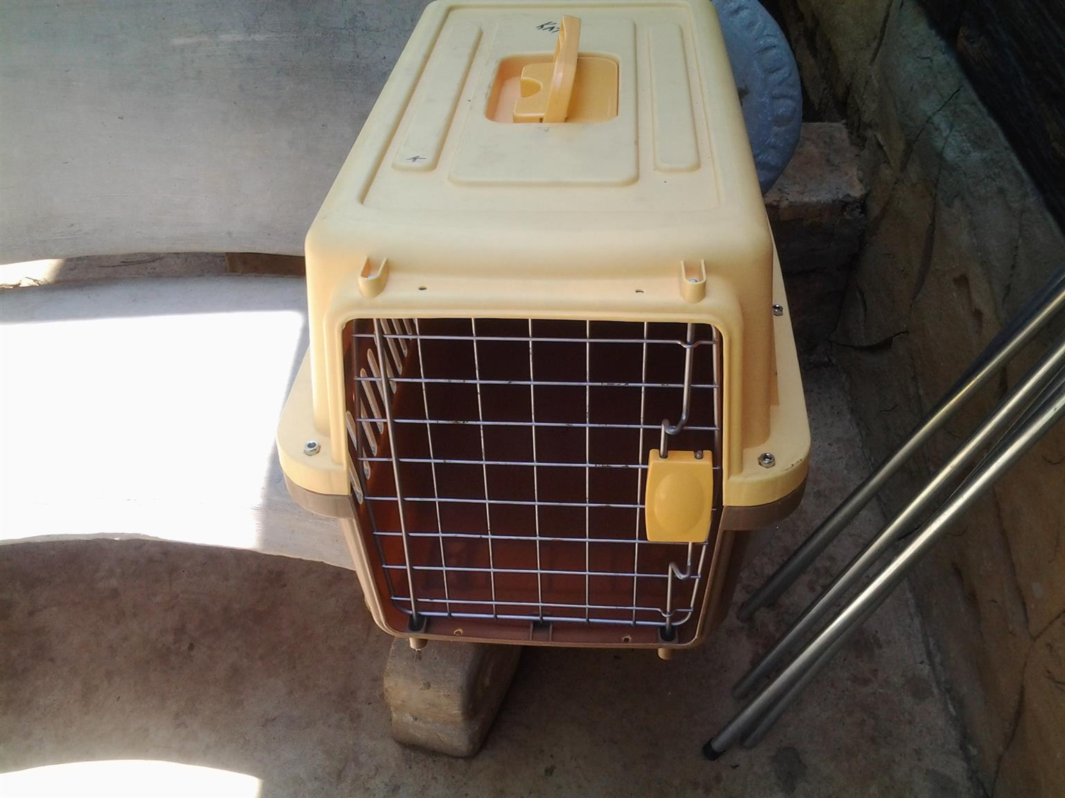 used cat carrier