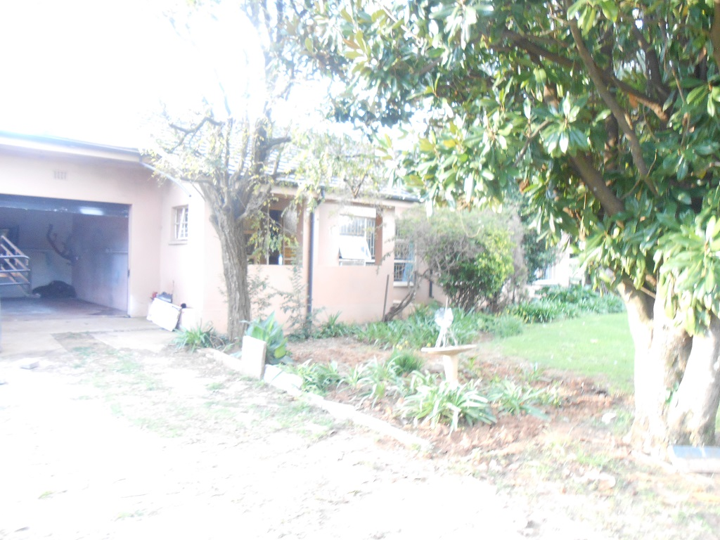 Drastically reduced - House with flat