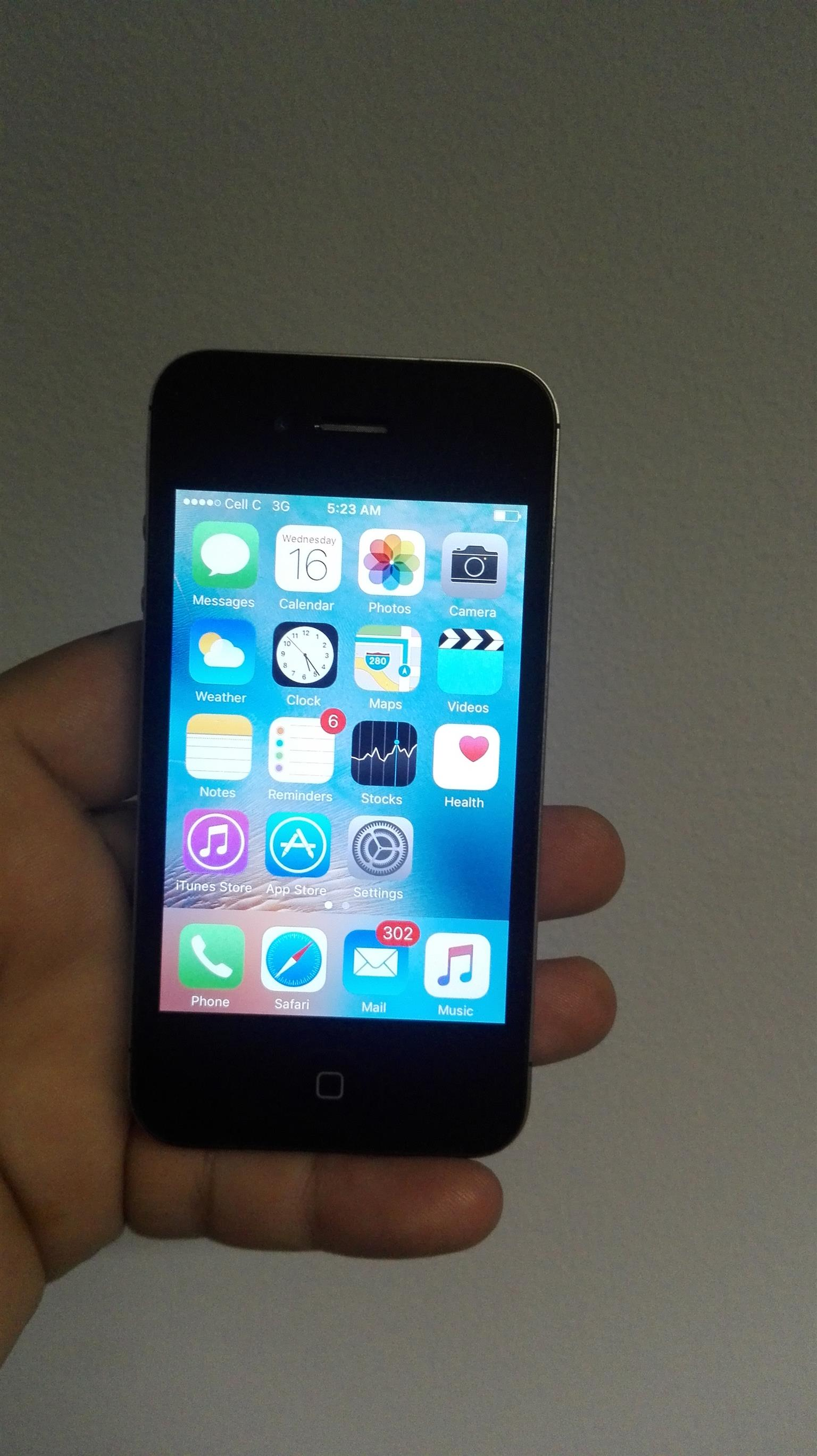 Urgent Sale iPhone 4s