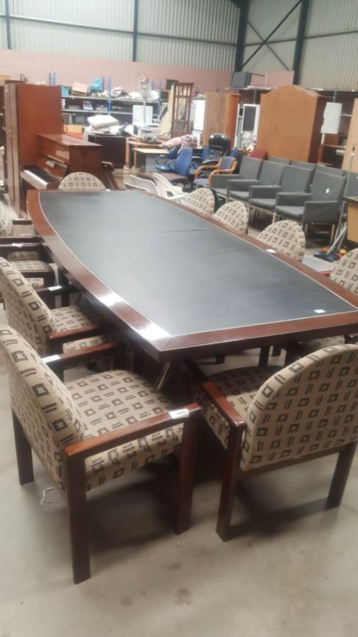 Darkwood Leather Inlay 12 Seater Boardroom Table & 10 Boardroom Chairs - R16000