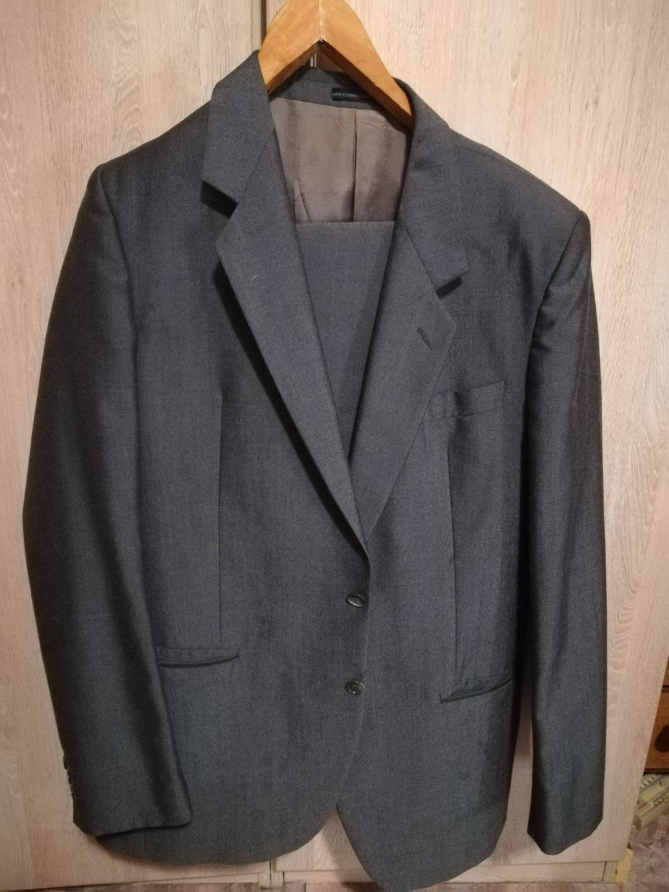 Real Trivera suit