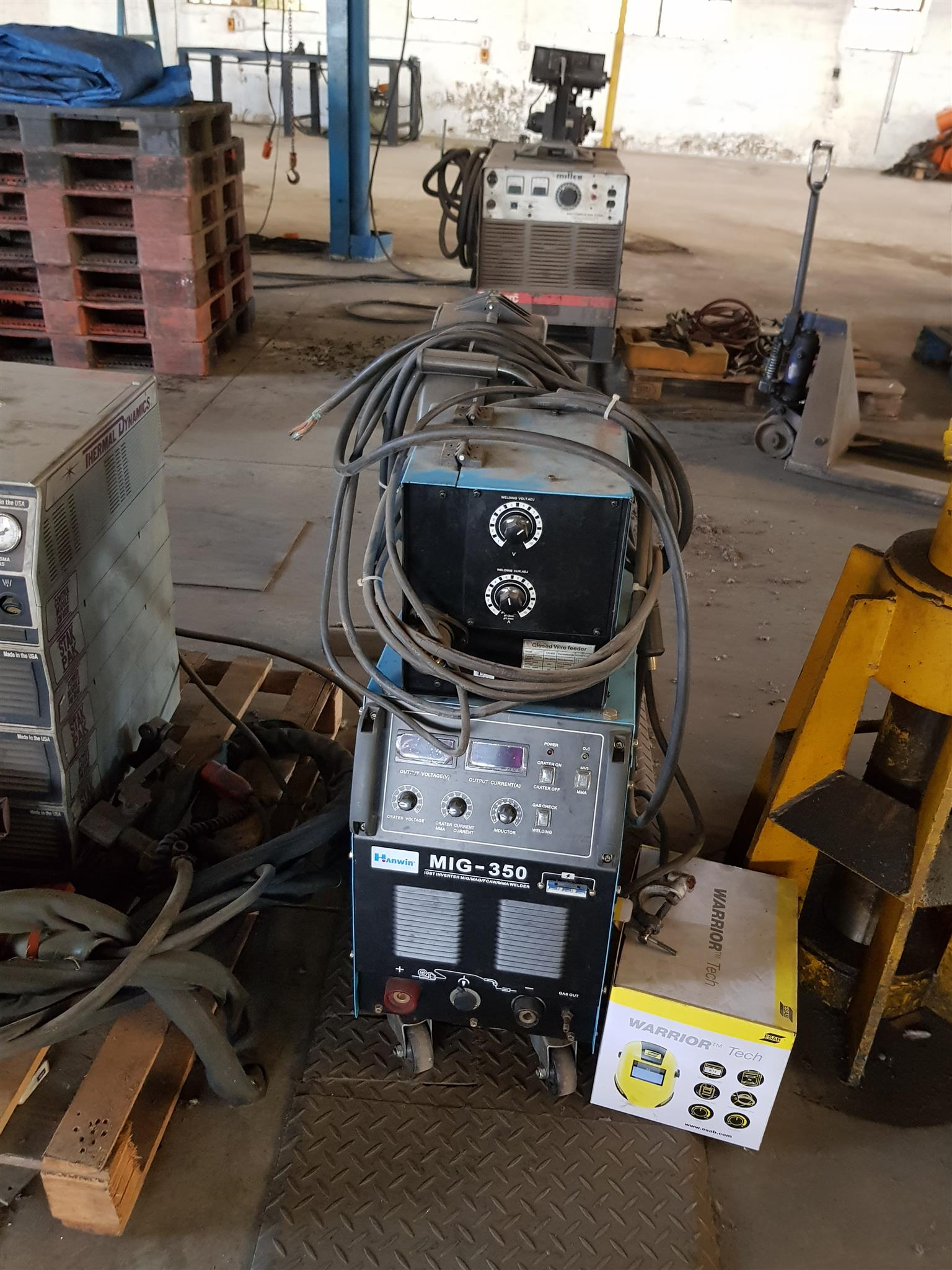 ENGINEERING EQUIPMENT FOR SALE