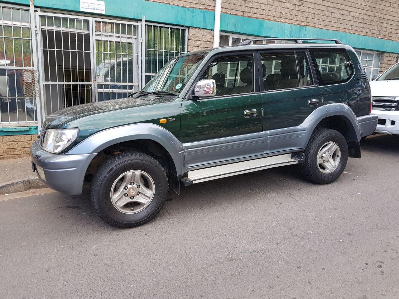 Charming 2000 Toyota Land Cruiser Prado