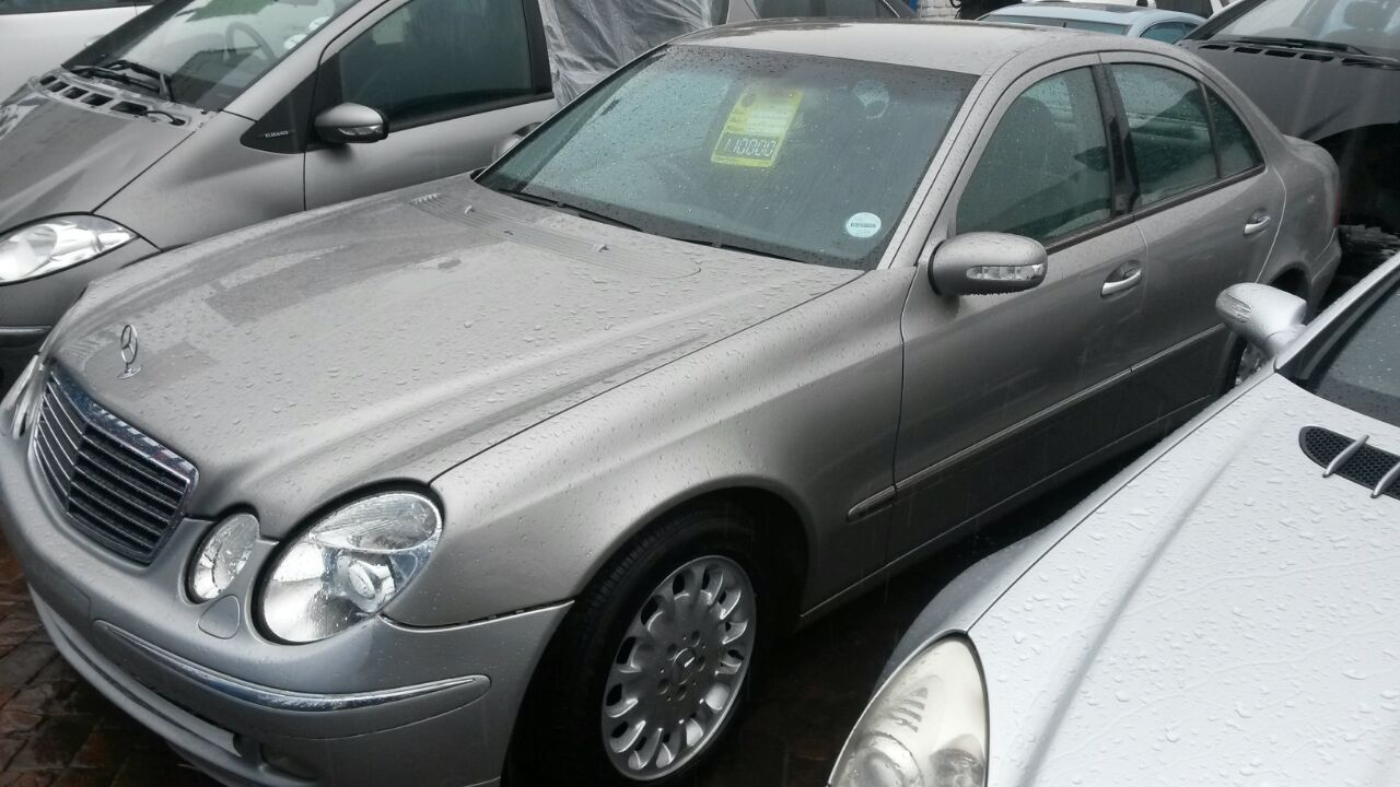Mercedes W211 C270 CDI Stripping for Spares