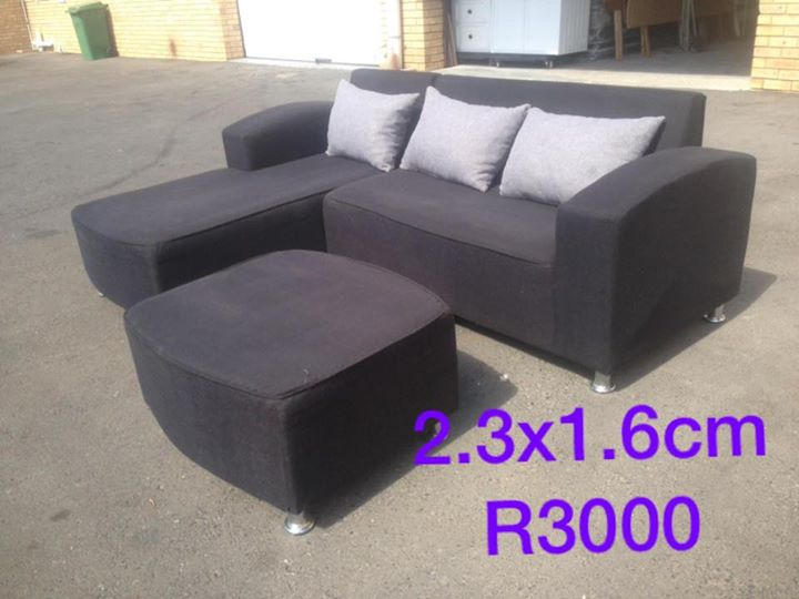 L shaped couch 2.3 X 1.6 m