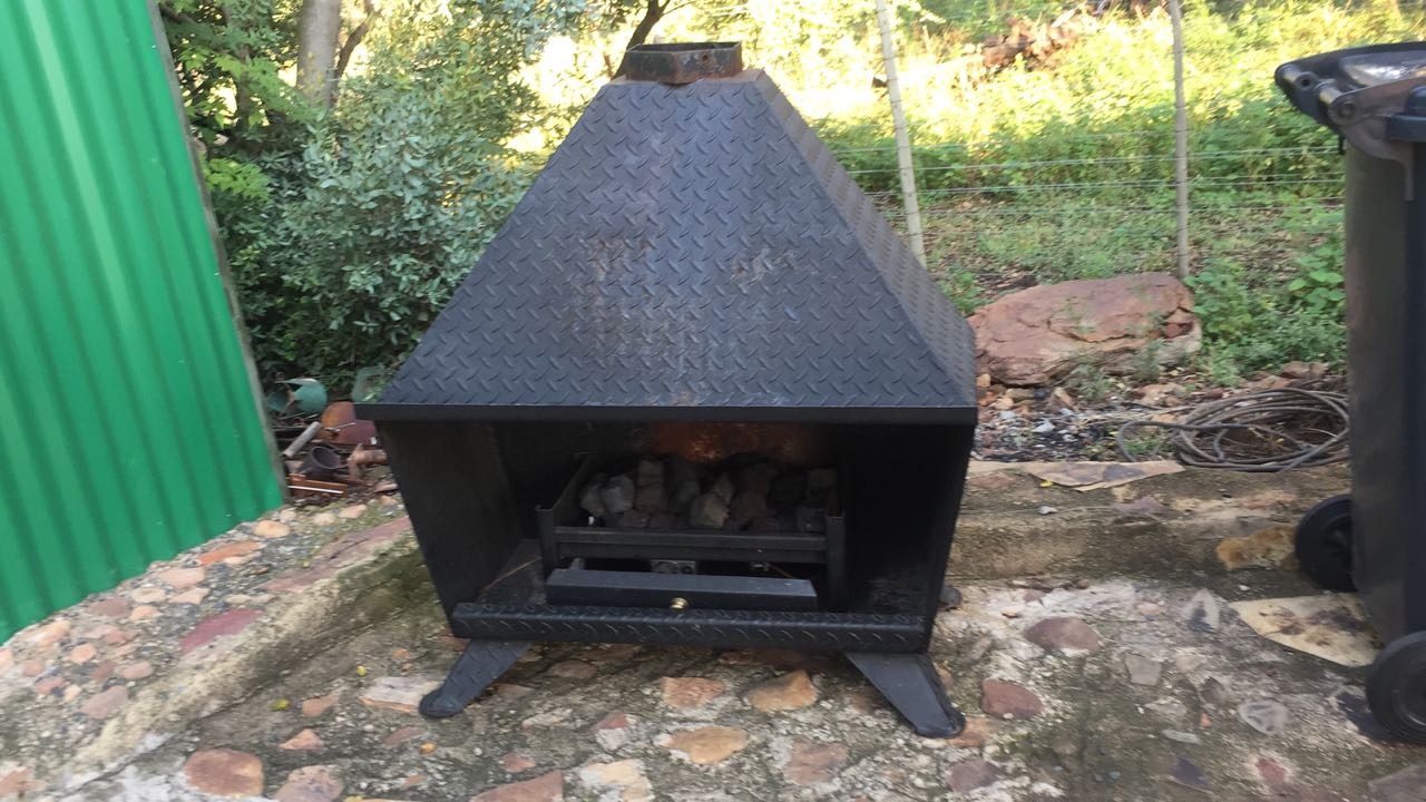 Gas Fireplace (JetMaster)