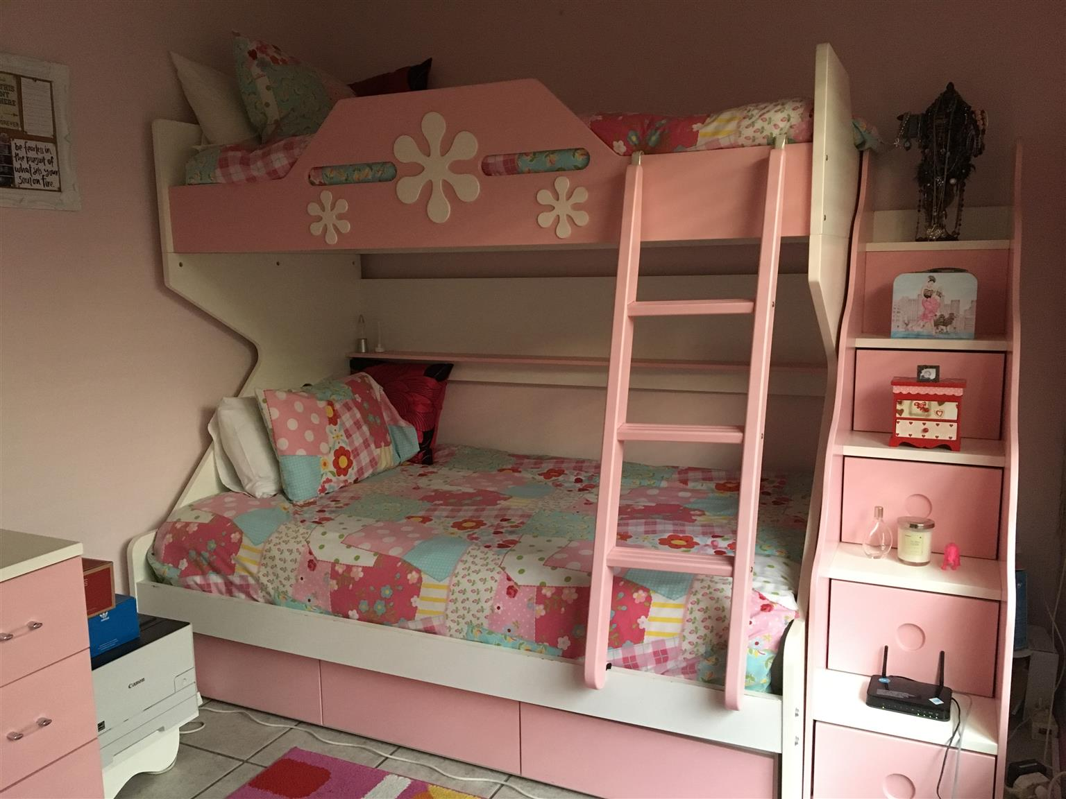 Stunning Girls Bedroom Suite