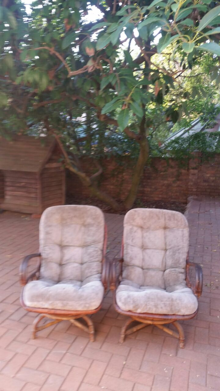 Set of 2 cane comfy chairs R1,600 for both