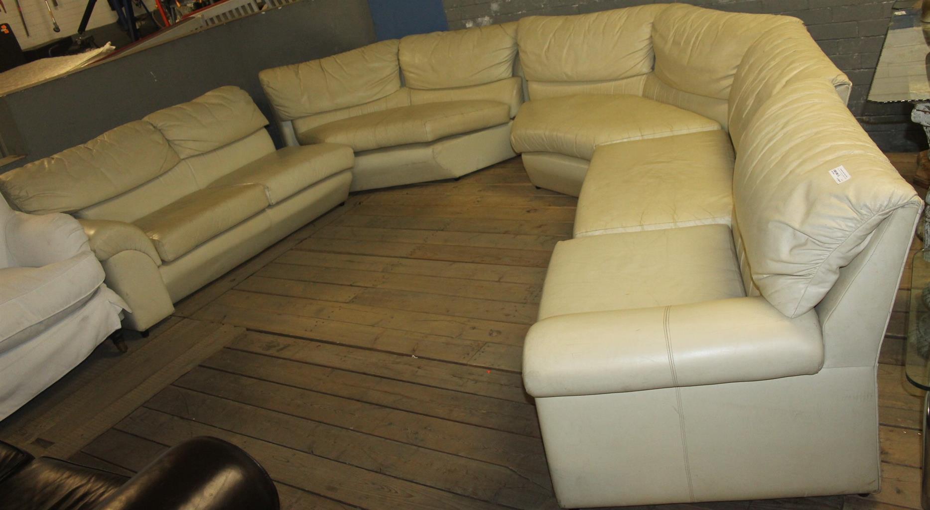 Corner  lounge suite S027092a #Rosettenvillepawnshop