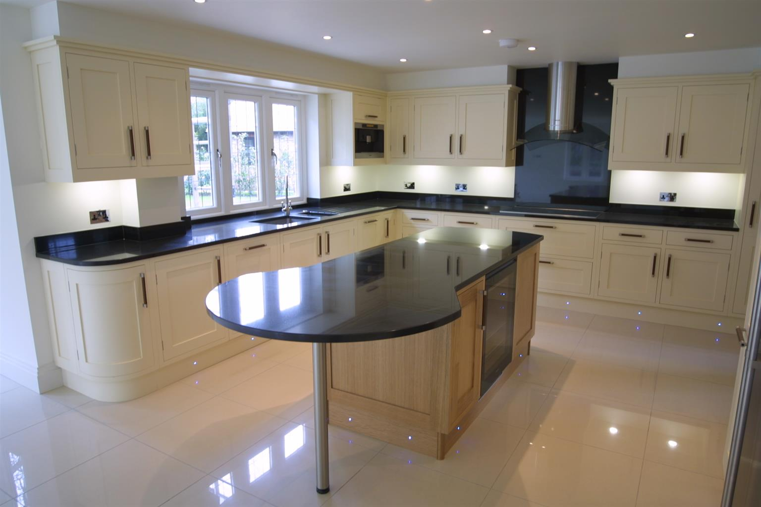 AFFORDABLE, QUALITY KITCHEN TOPS
