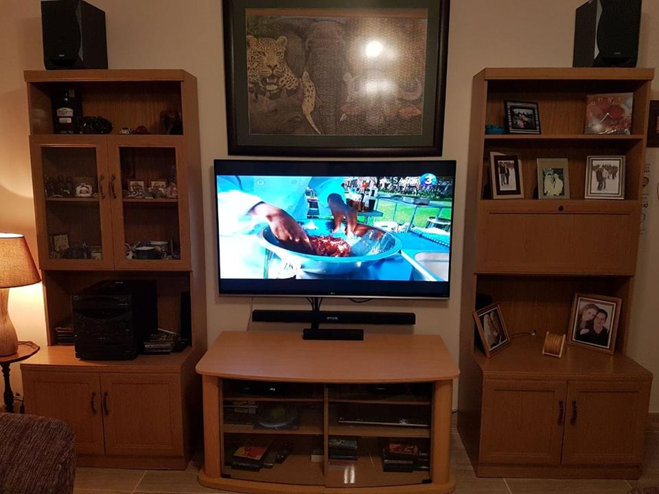 Wall Units and Plasma Cabinet