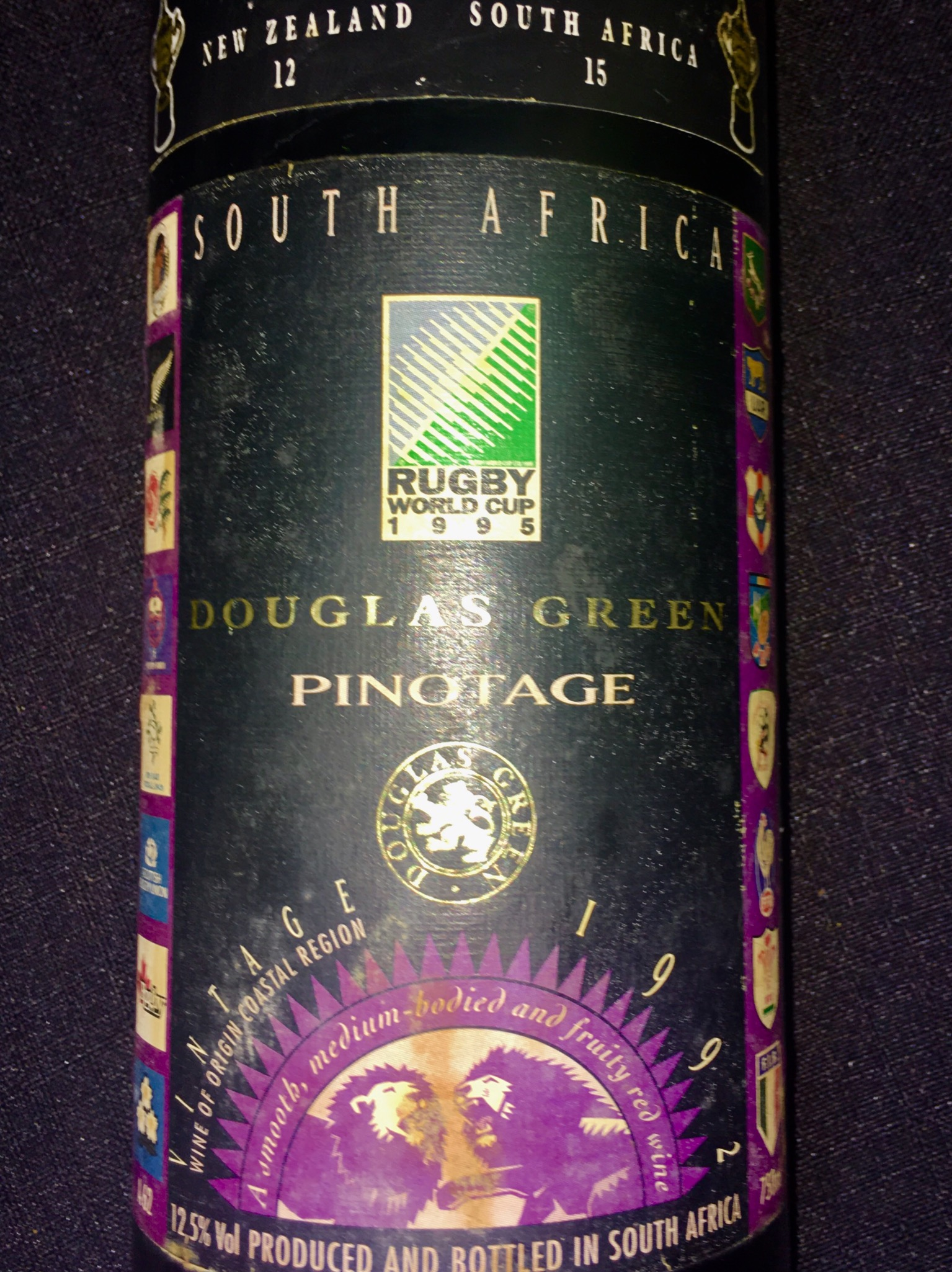 1995 RUGBY WORLD CUP Commemorative Wine, 750ml