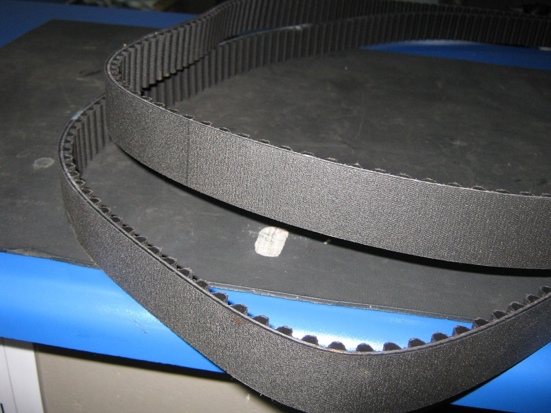 BMW drive belts