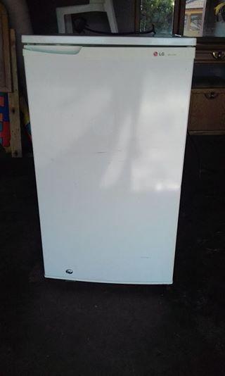 130l lg bar fridge