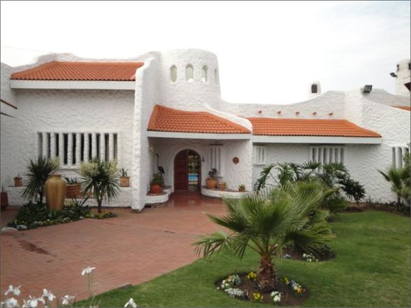 Villa Sardinia Guest House, accommodation and self catering, Midrand