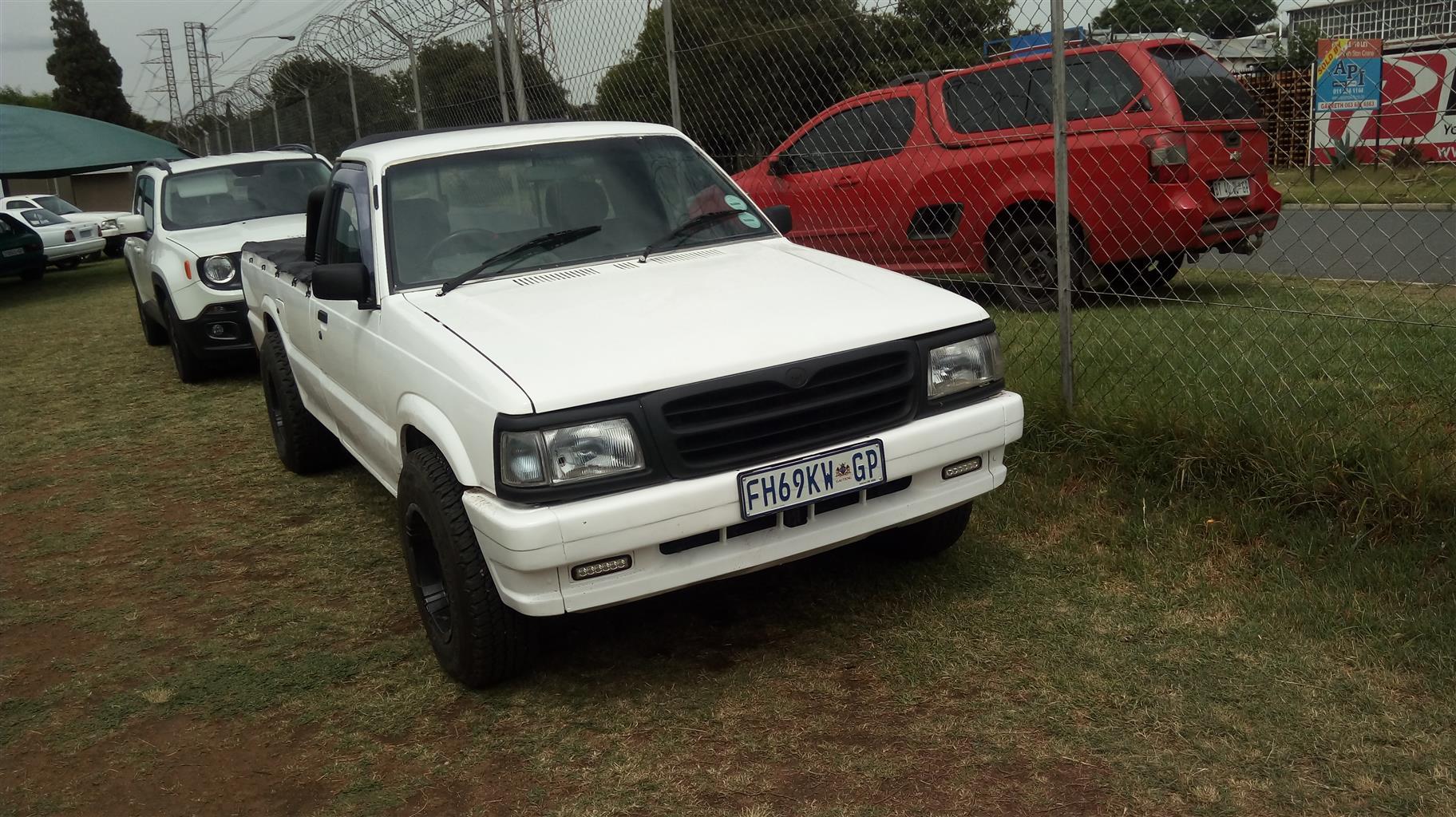 1988 Mazda B3000