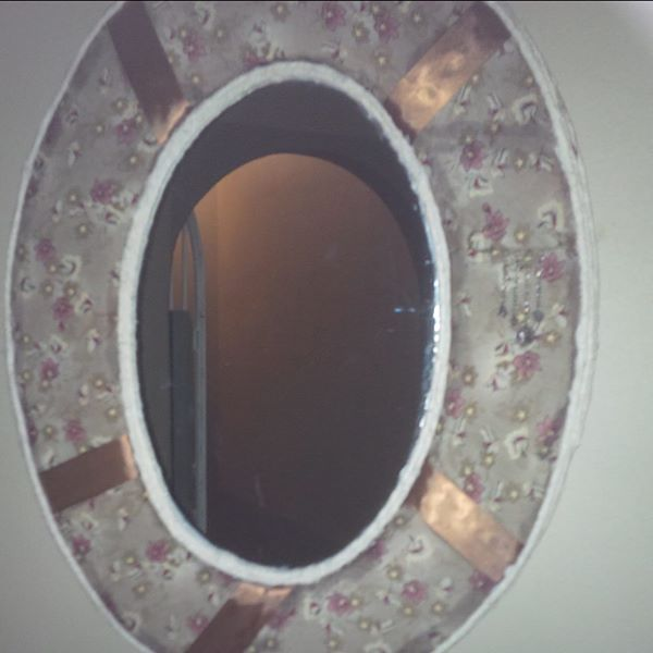 mirror and matching ceiling lamp shade