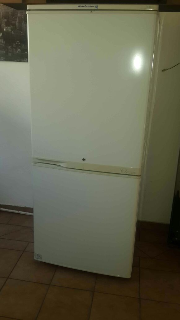Kelvinator 445L fridge/freezer