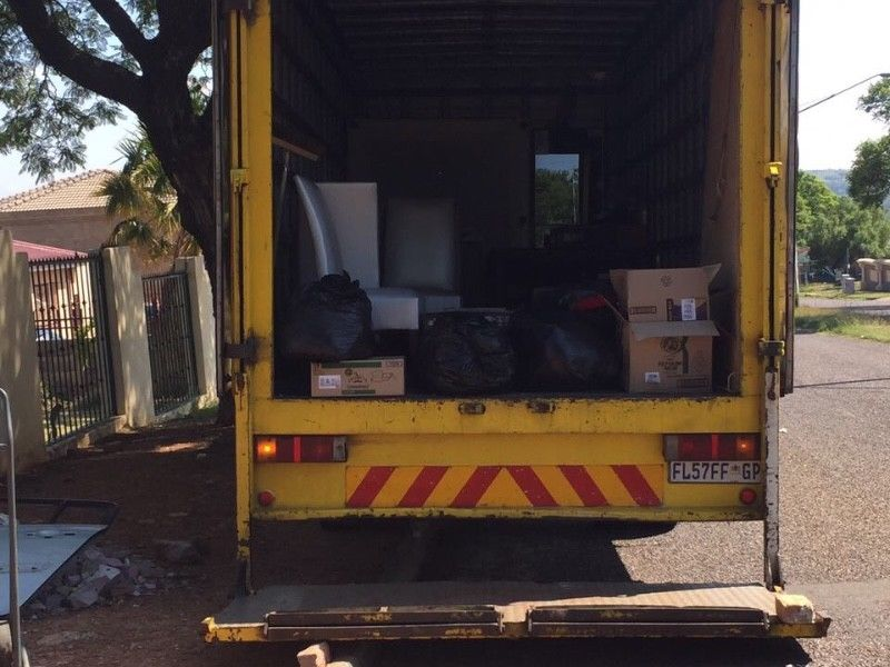 Removal Long And Short Distance +27782252795 Emmarentia Ennerdale Fourways Greenside