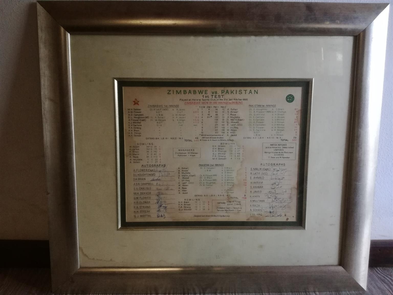 Signed Zimbabwe Pakistan memorabilia