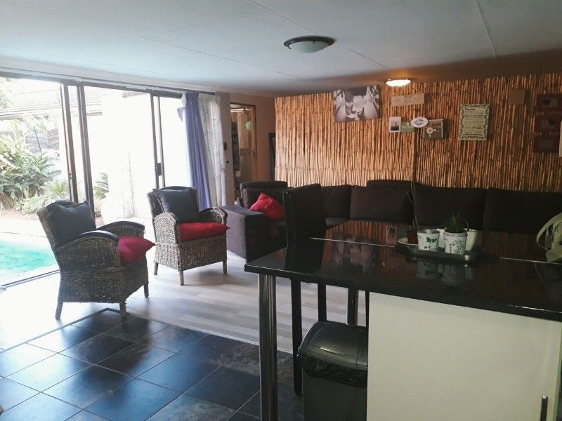 Hatfield - 1 bedroom 1 bathroom cottage available overlooking the pool R5500