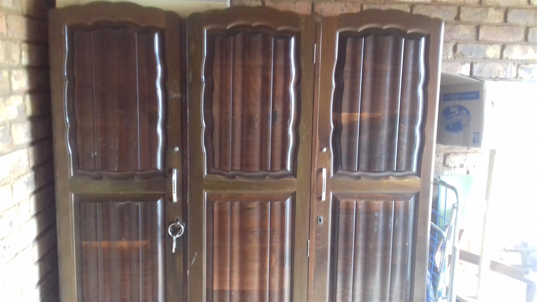 Spacious bedroom cupboard