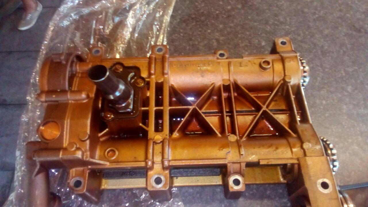Mercedes Oil Pump For sale M271 | Junk Mail
