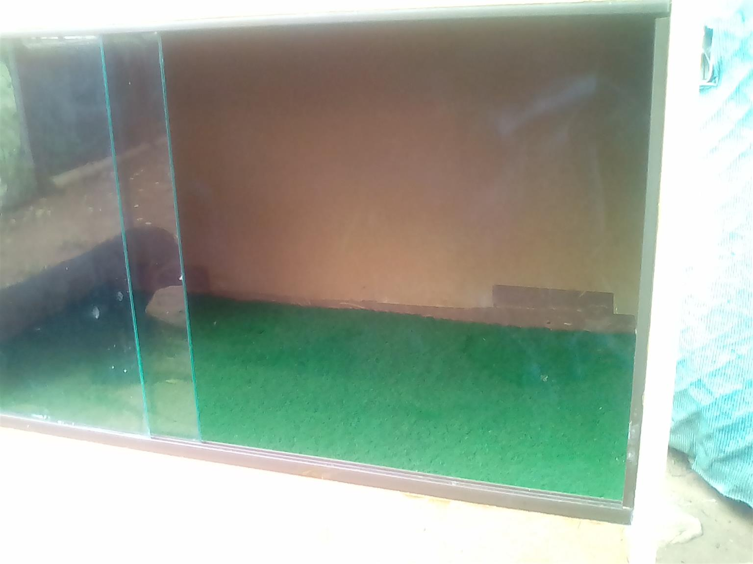 Snake / Bearded Dragon Cage and Accessories