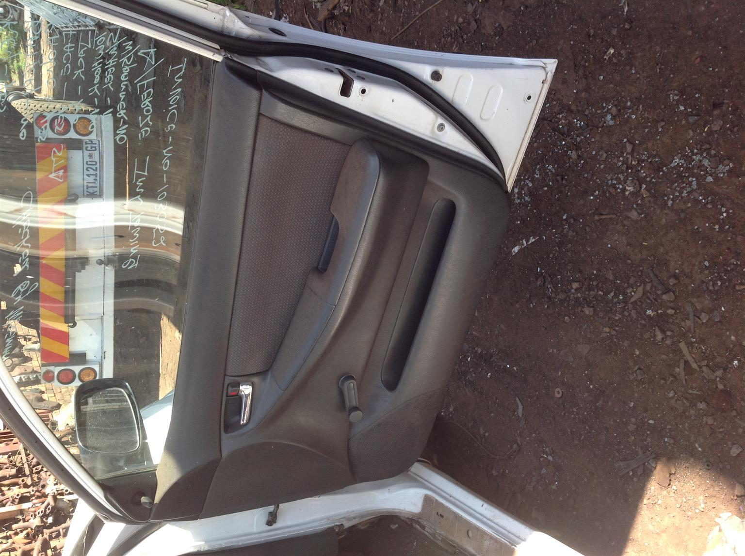 Stripping Toyota Corolla (RunX shape) 140i 2007 for Spares