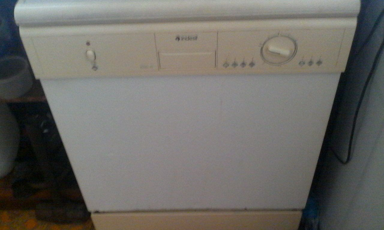 Indesit Dishwasher