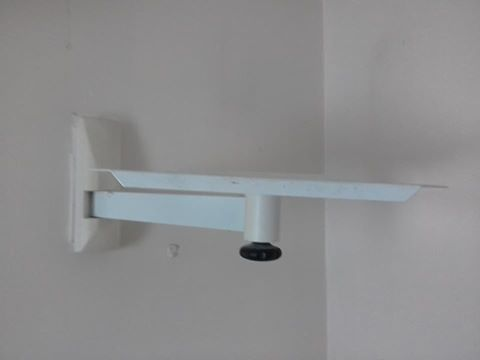 wall tv stand