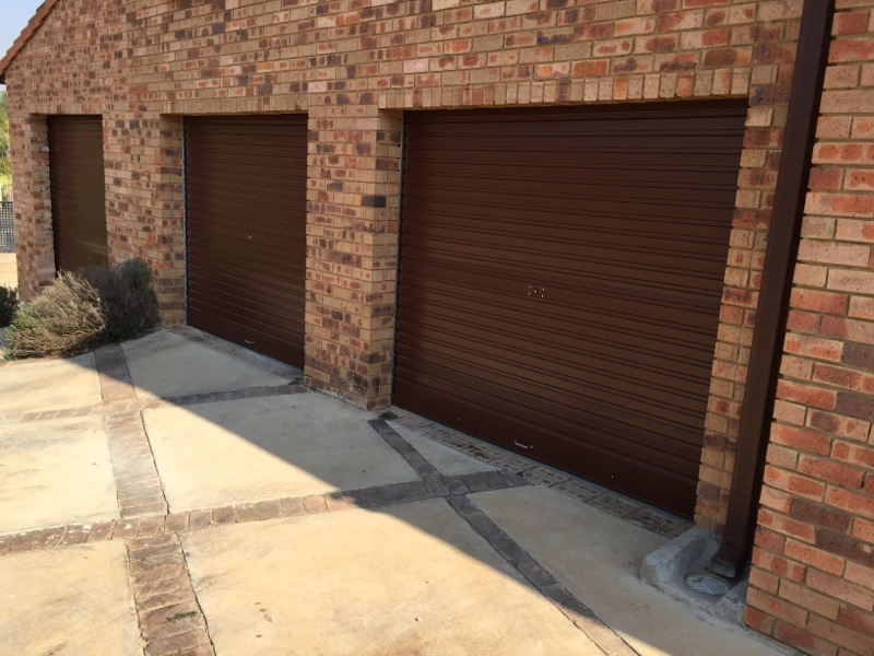 Supply and Installation of Garage Doors in Bedfordview