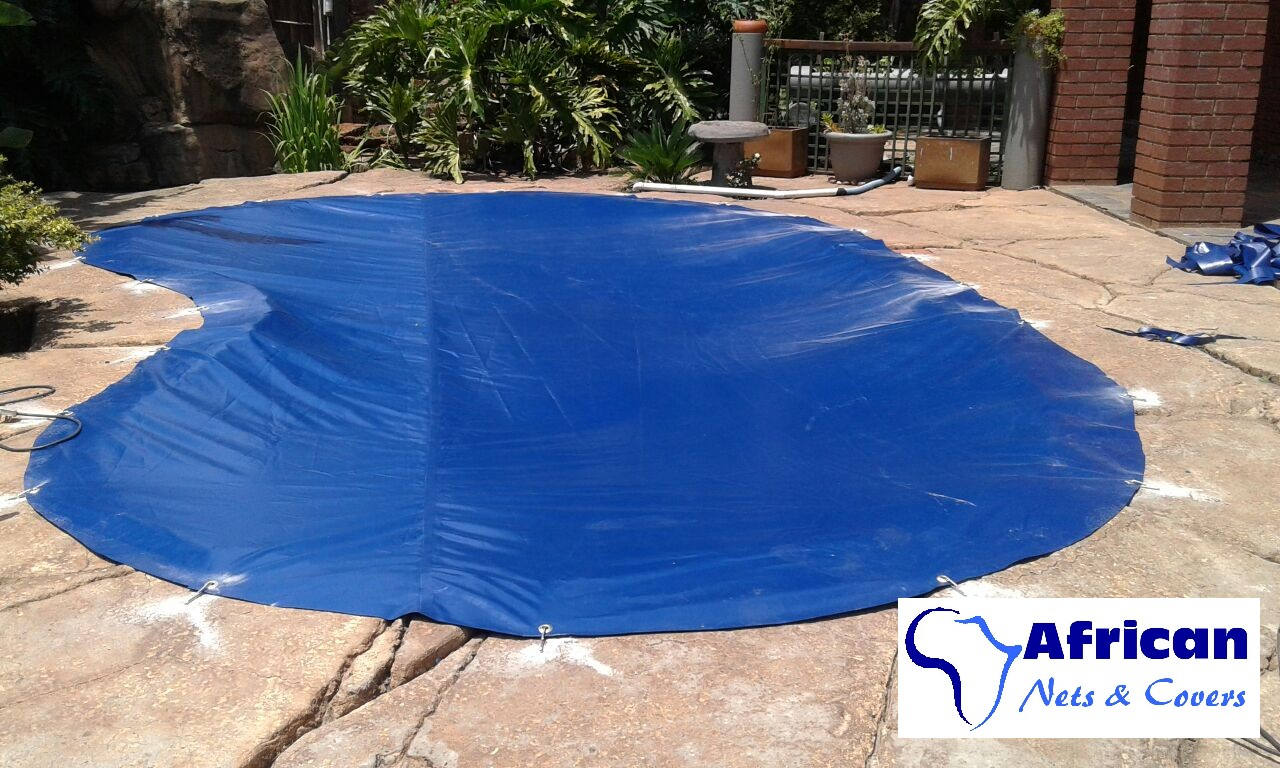 Beat the budget !! Save on water & chemicals with your pool !!!