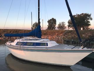 """26"""" Theta Yacht"""