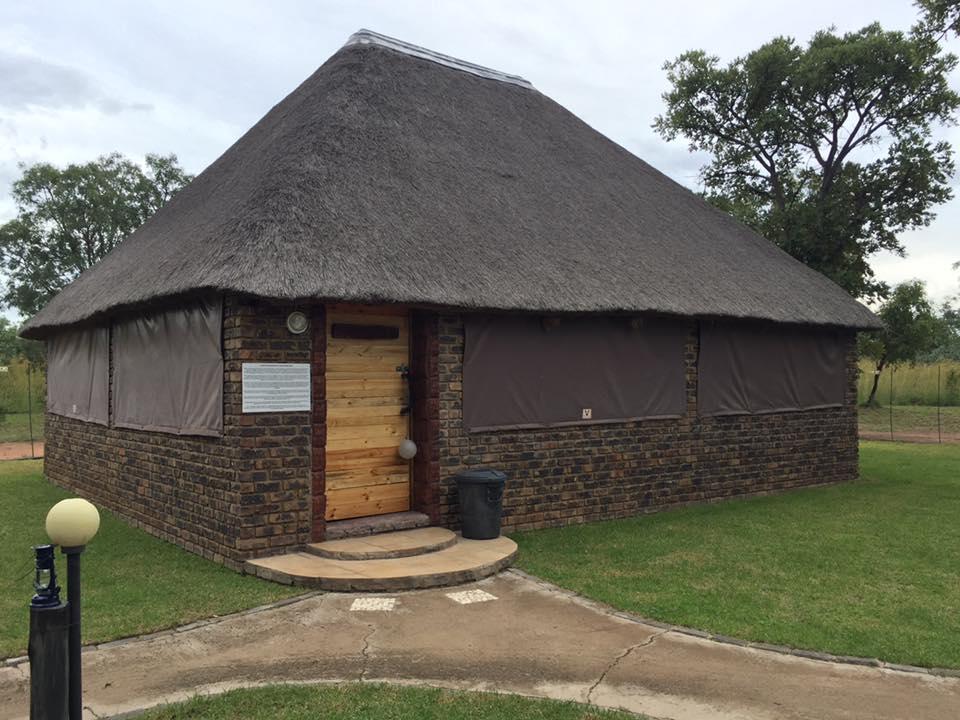 Nyala lodge for sale .On old Thabazimbi pad 50 km buite warmbad .Vir meer inligting email kniep@gcss.co.za .