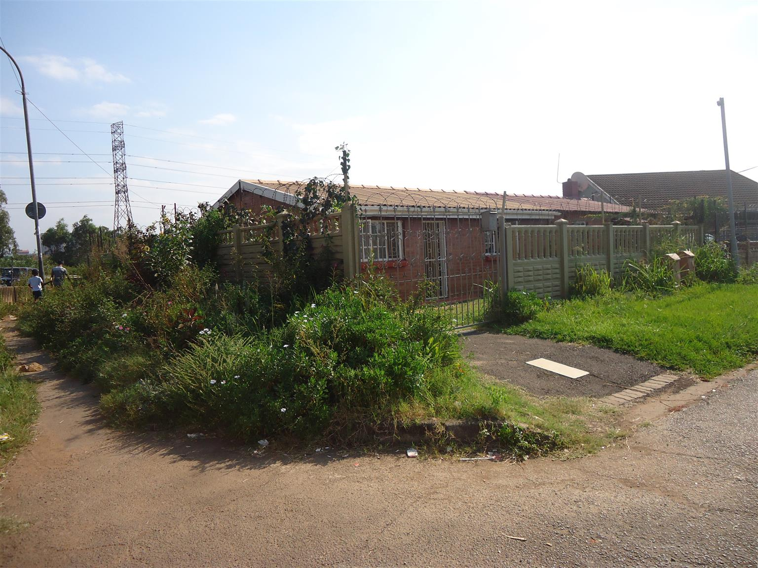 Auction of 2 bedroom residential dwelling located at 40 Larch Road, PMB