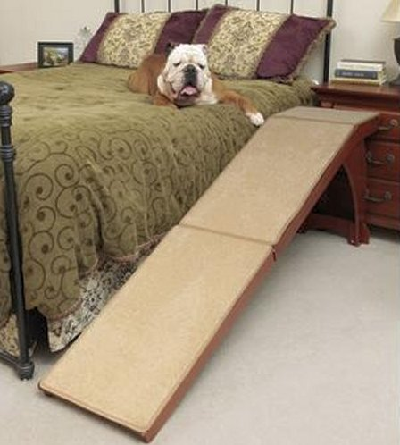 Wooden bedside ramp [Solvit]