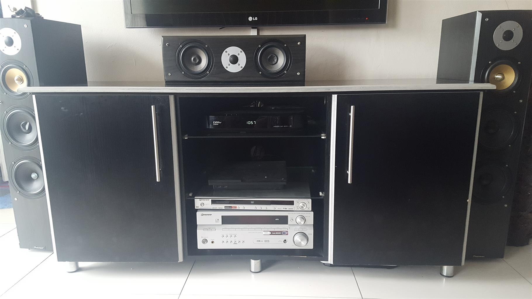 t v stand for sale