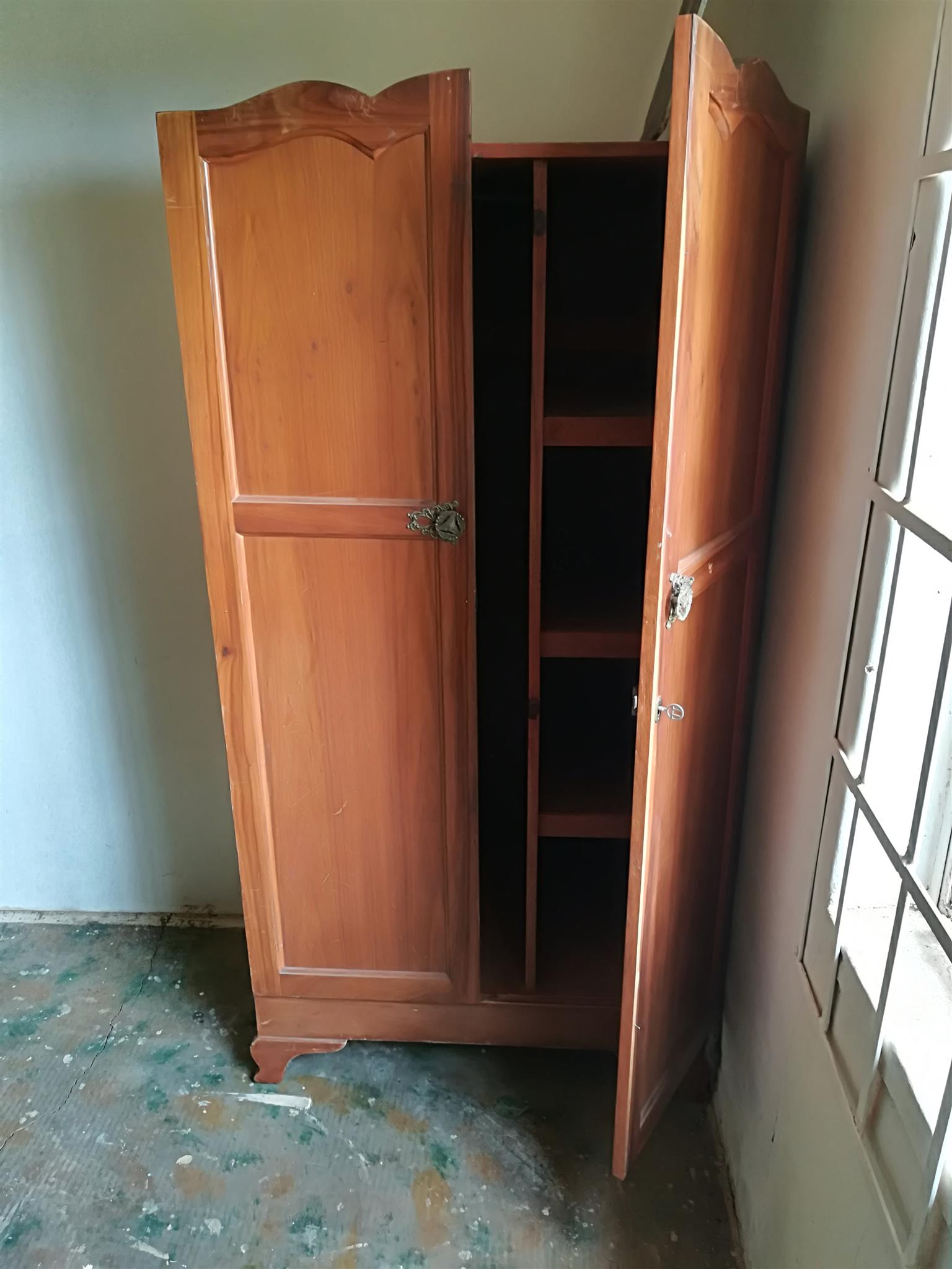 wondrous makeover shaped wardrobes with interesting cupboards for points design antique bedroom cheap sale delightful white inner extraordinary awesome ideas double wardrobe alcove home horrible latest