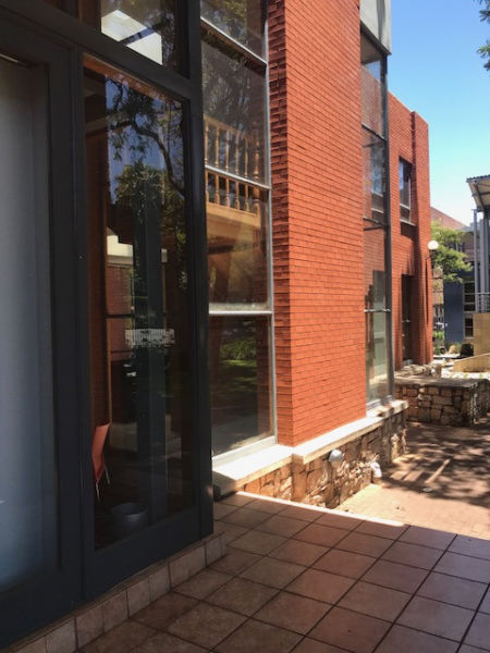 Stunning, fully furnished and Equipped Offices to share in Forest Town, Johannesburg