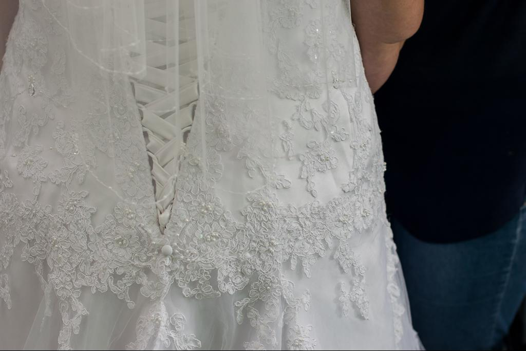 Beautiful Wedding dress for sale size 42