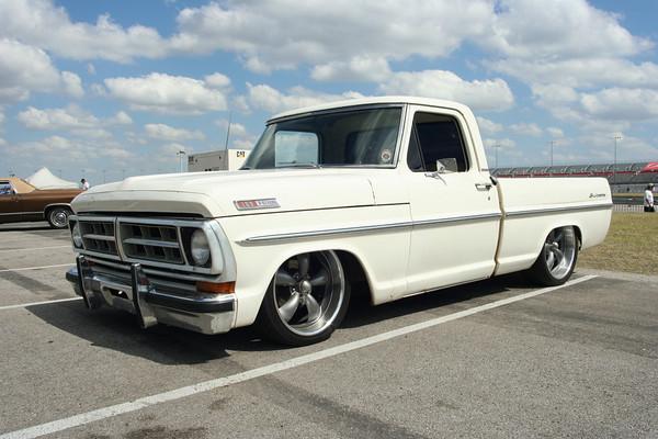 Ford F series windscreens...New
