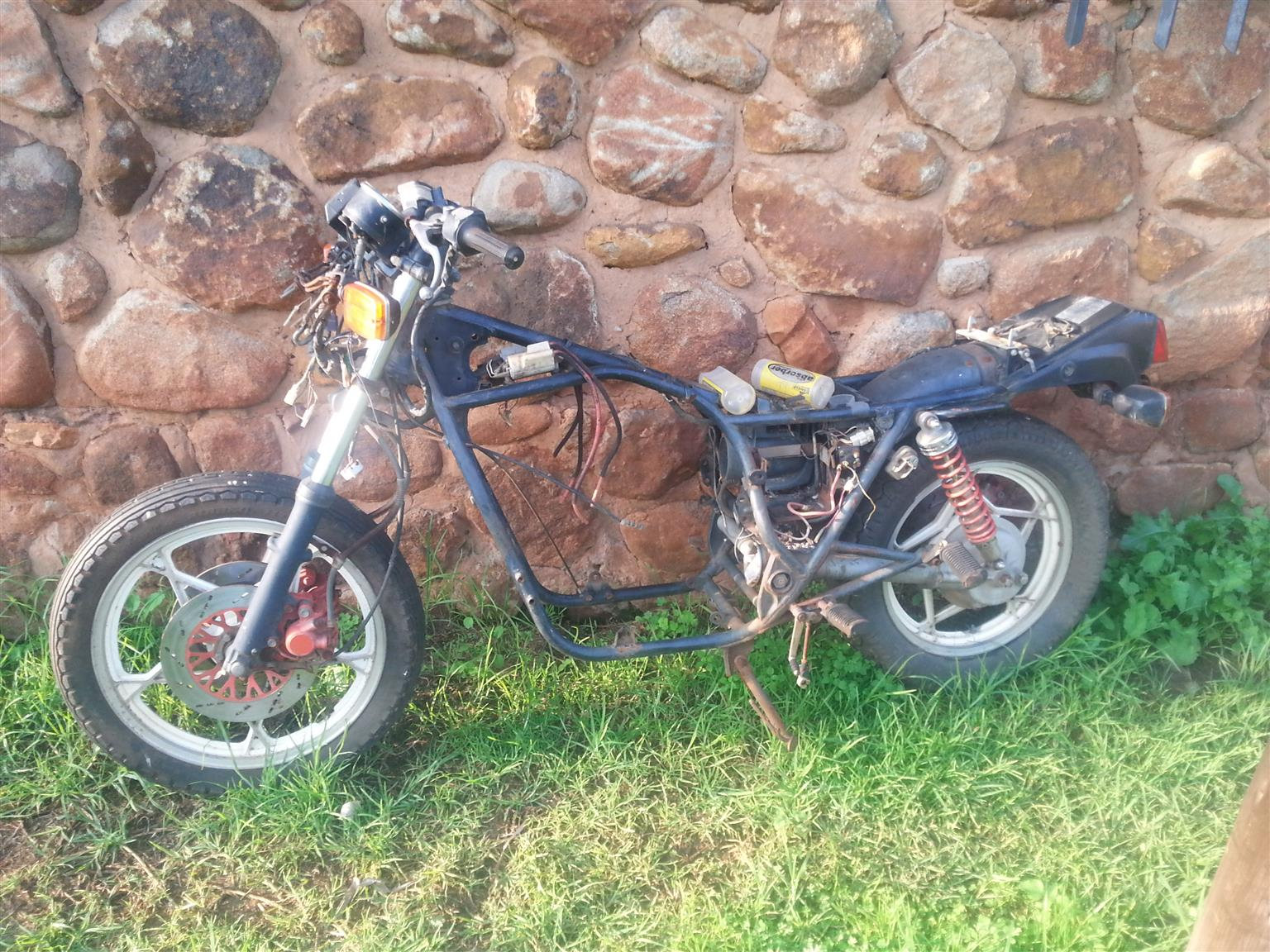 Suzuki gs650 Bike for sale as spares | Junk Mail